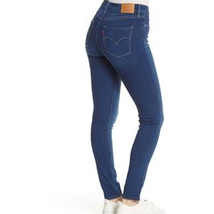 NWT Levi's 311 Shaping Skinny Jeans Black Size 6